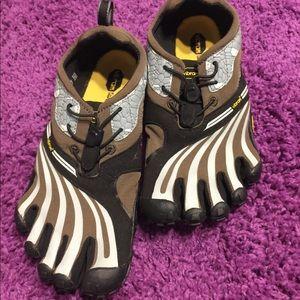 Shoes - Vibrant Fivefinger Shoes